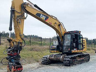 320 Hi-Rail Excavator