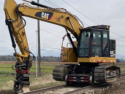 325 Hi-Rail Excavator
