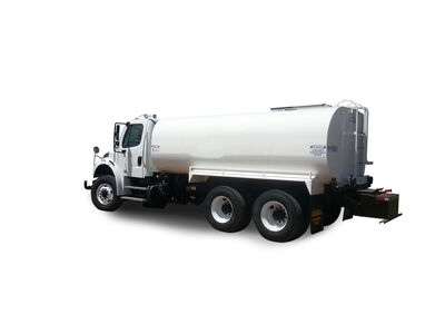 Freightliner 4000 gallon