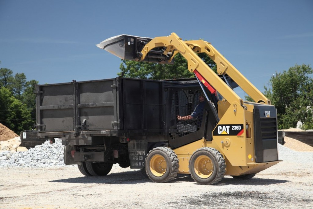 New Cat Skid Steer Loader in Action